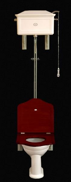 Классический унитаз с высоким бачком от Thomas Crapper